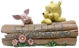 Figurine Winnie l'Ourson et Porcinet sur une Bûche